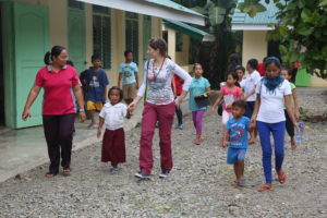 Nadia, Ariane along with her family and teacher go for a tour of the school.